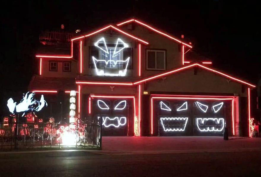Custom Holiday Lighting Display Installation Tennessee / Virginia Tri-Cities